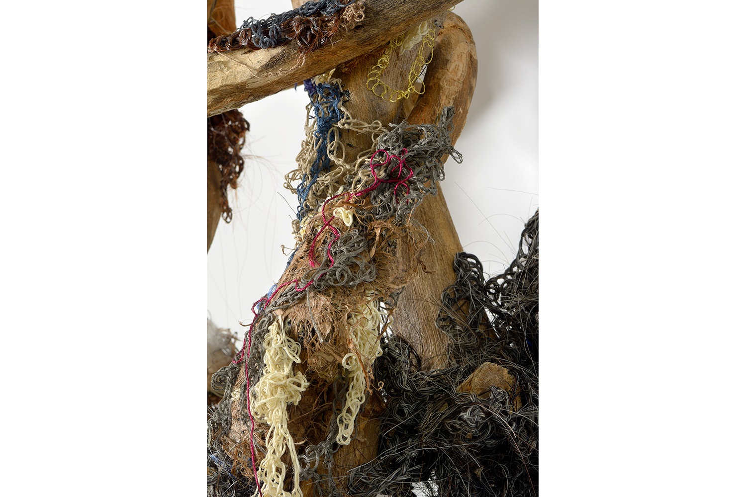 Moving On natural art sculpture from Donna Forma